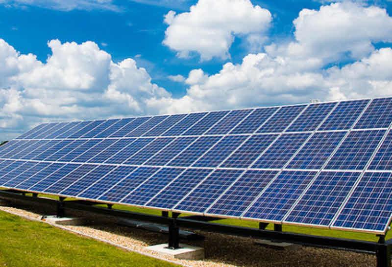 inauguration d 39 un parc solaire de 6 3mw dans le var l 39 energeek. Black Bedroom Furniture Sets. Home Design Ideas