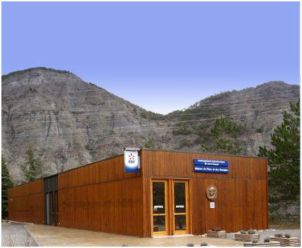 La maison de l 39 eau et des energies se modernise l 39 energeek - Maison a energie renouvelable ...