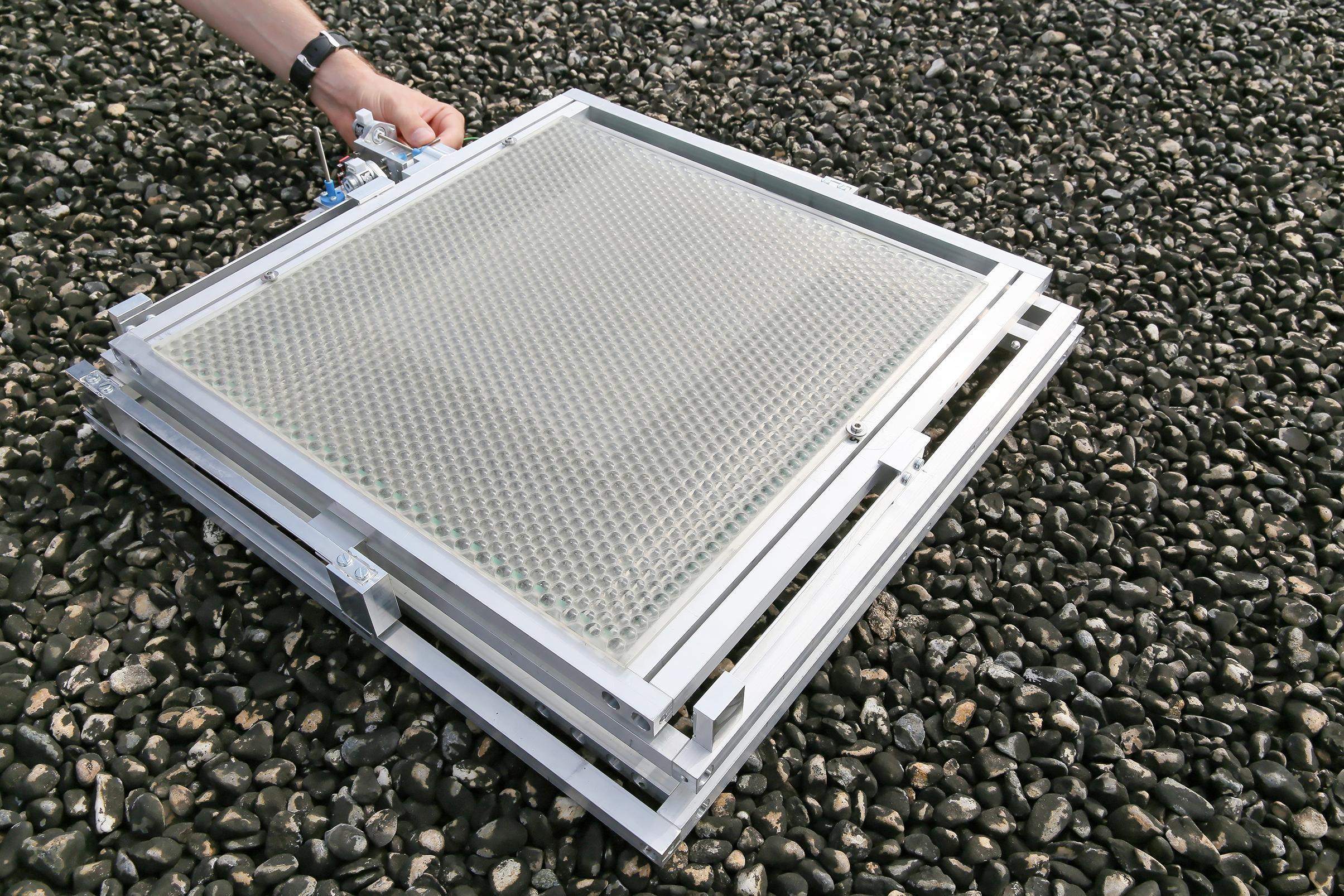 recherche des panneaux solaires lentilles deux fois plus rentables l 39 energeek. Black Bedroom Furniture Sets. Home Design Ideas