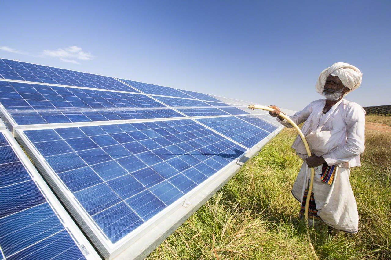 en inde la production d 39 nergie solaire gagne du terrain l 39 energeek. Black Bedroom Furniture Sets. Home Design Ideas