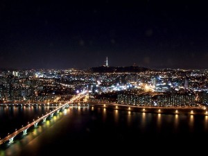 640px-Seoul_at_night_from_63_building