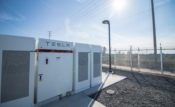stockage-energie-ferme-batteries