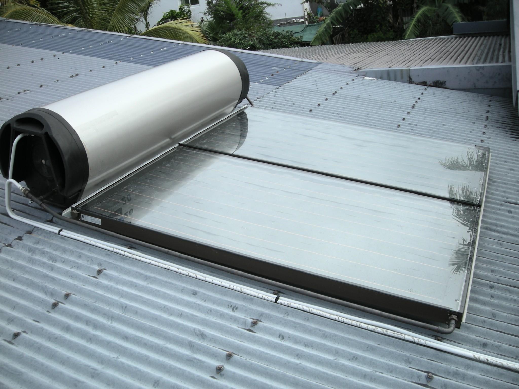 chauffe eau solaire edf veut s duire davantage de. Black Bedroom Furniture Sets. Home Design Ideas