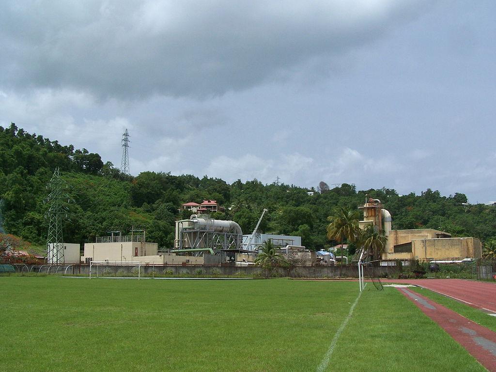 Guadeloupe-usine-geothermique_Bouillante