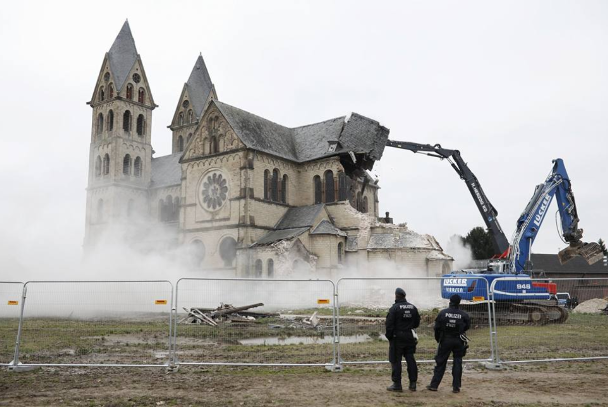 allemagne_charbon_destruction_eglise