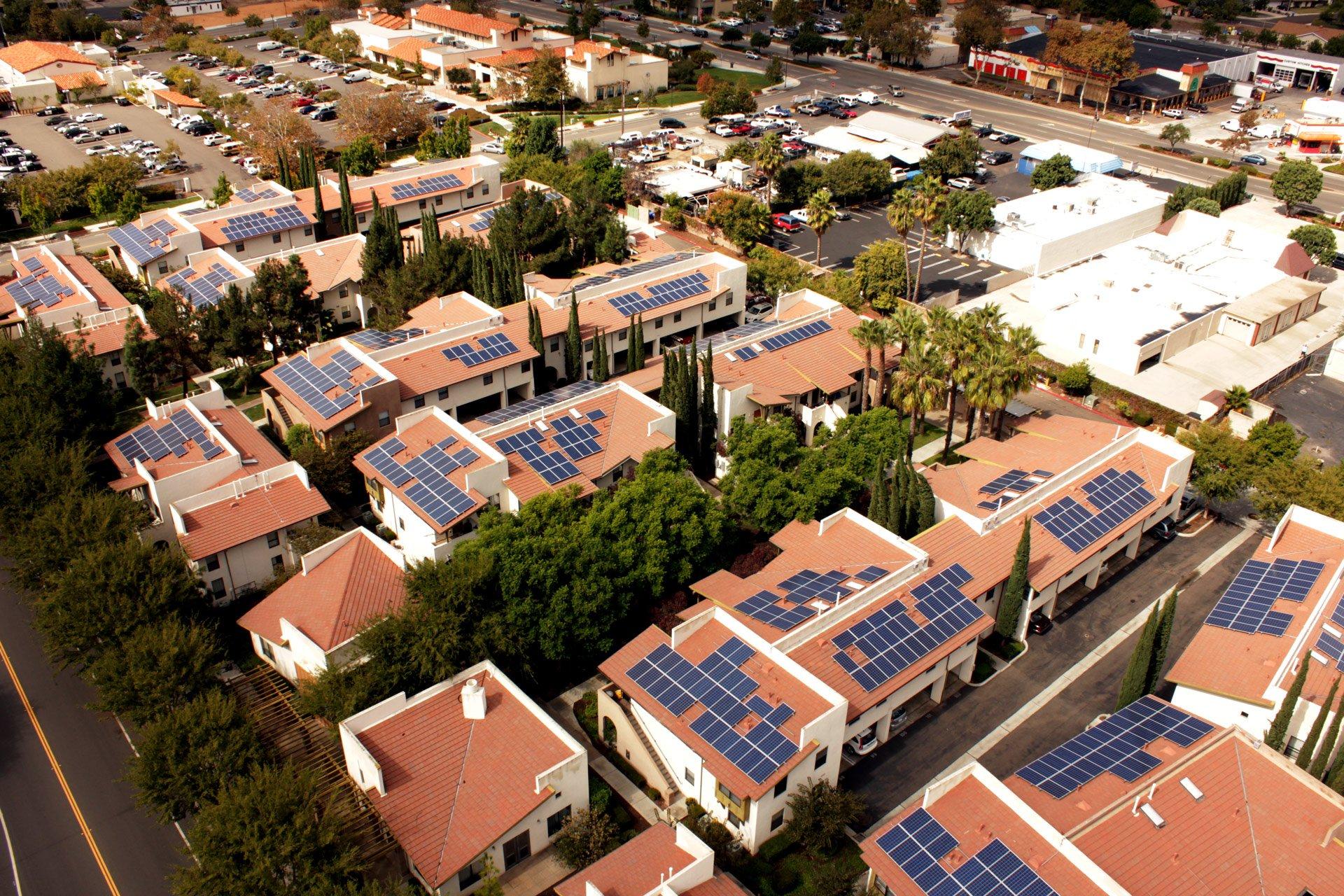 californie-panneaux-solaires