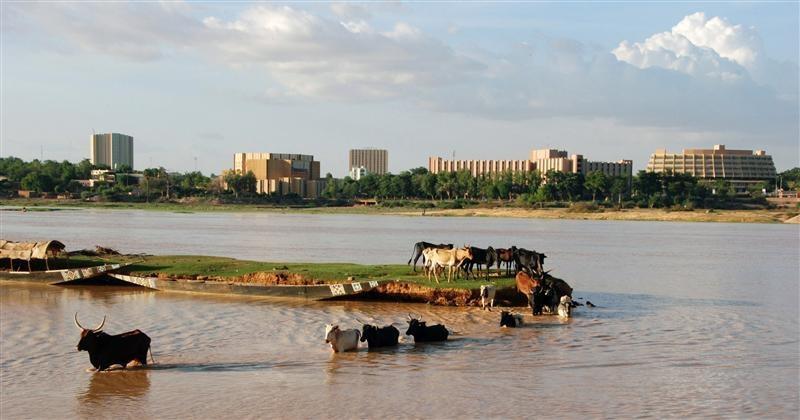 Niamey-niger-electrification-solaire