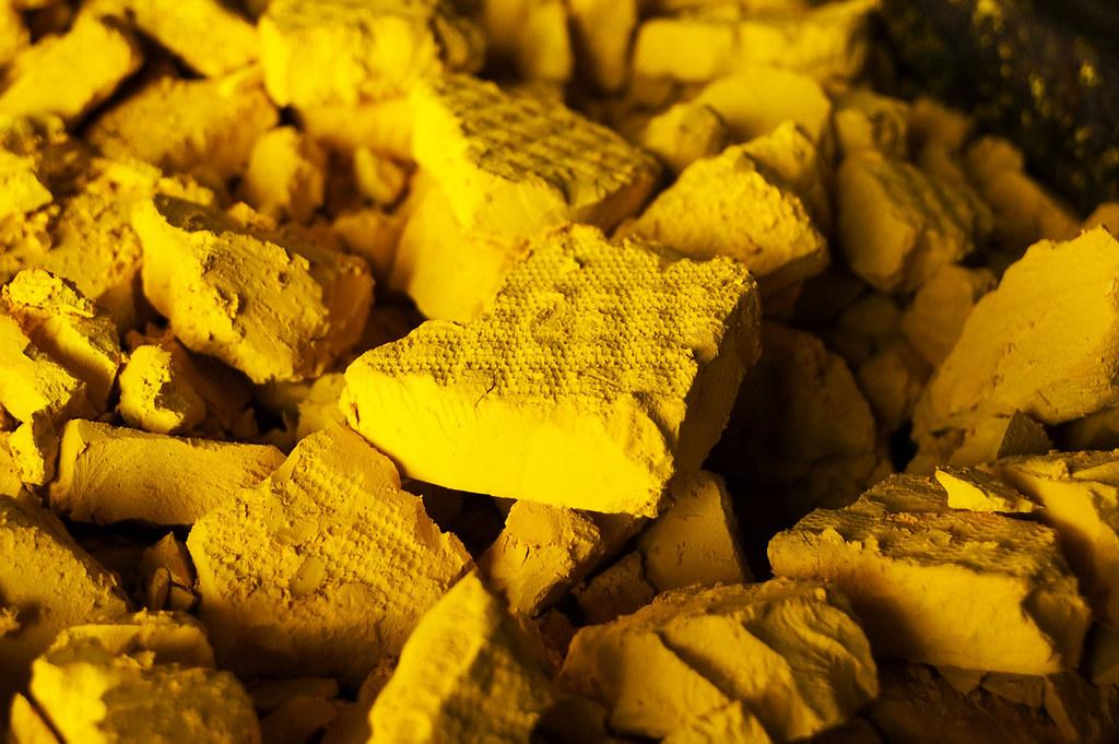 uranium-yellow-cake