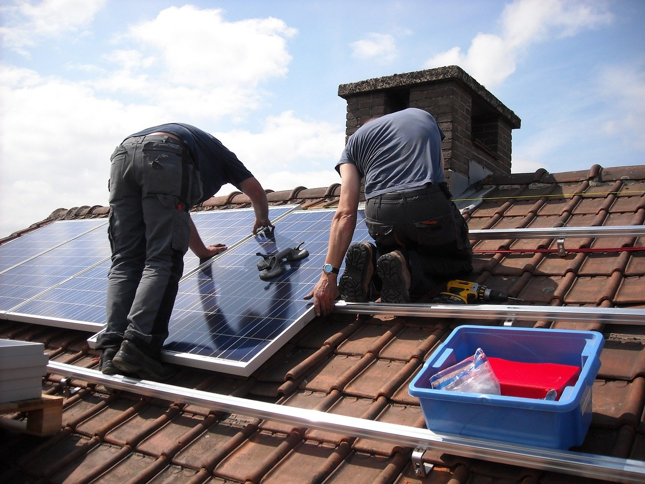 Le Sénat s'oppose à la révision des tarifs d'achats de l'électricité solaire