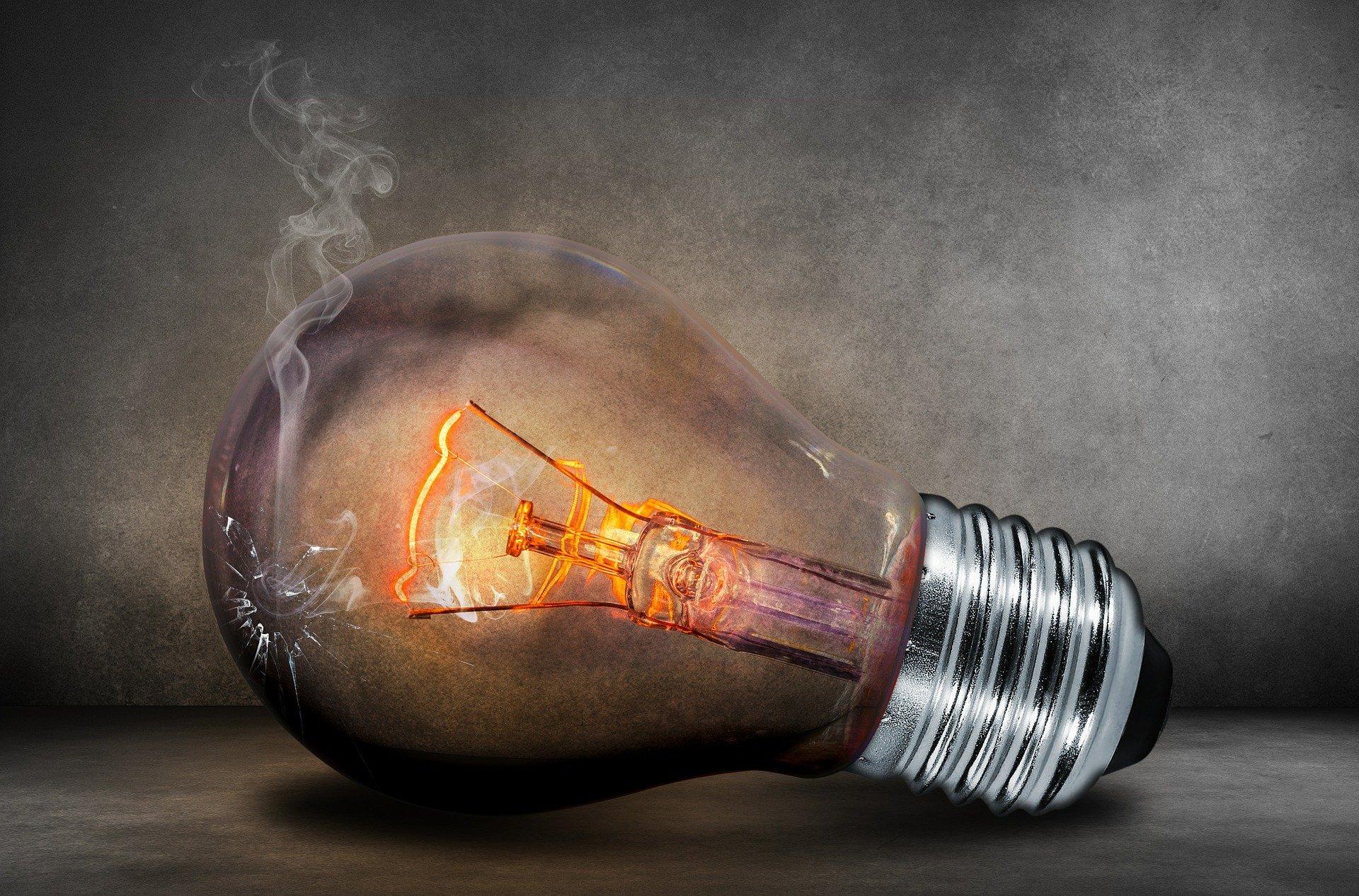 mediateur energie litiges hausse en 2020 - L'Energeek