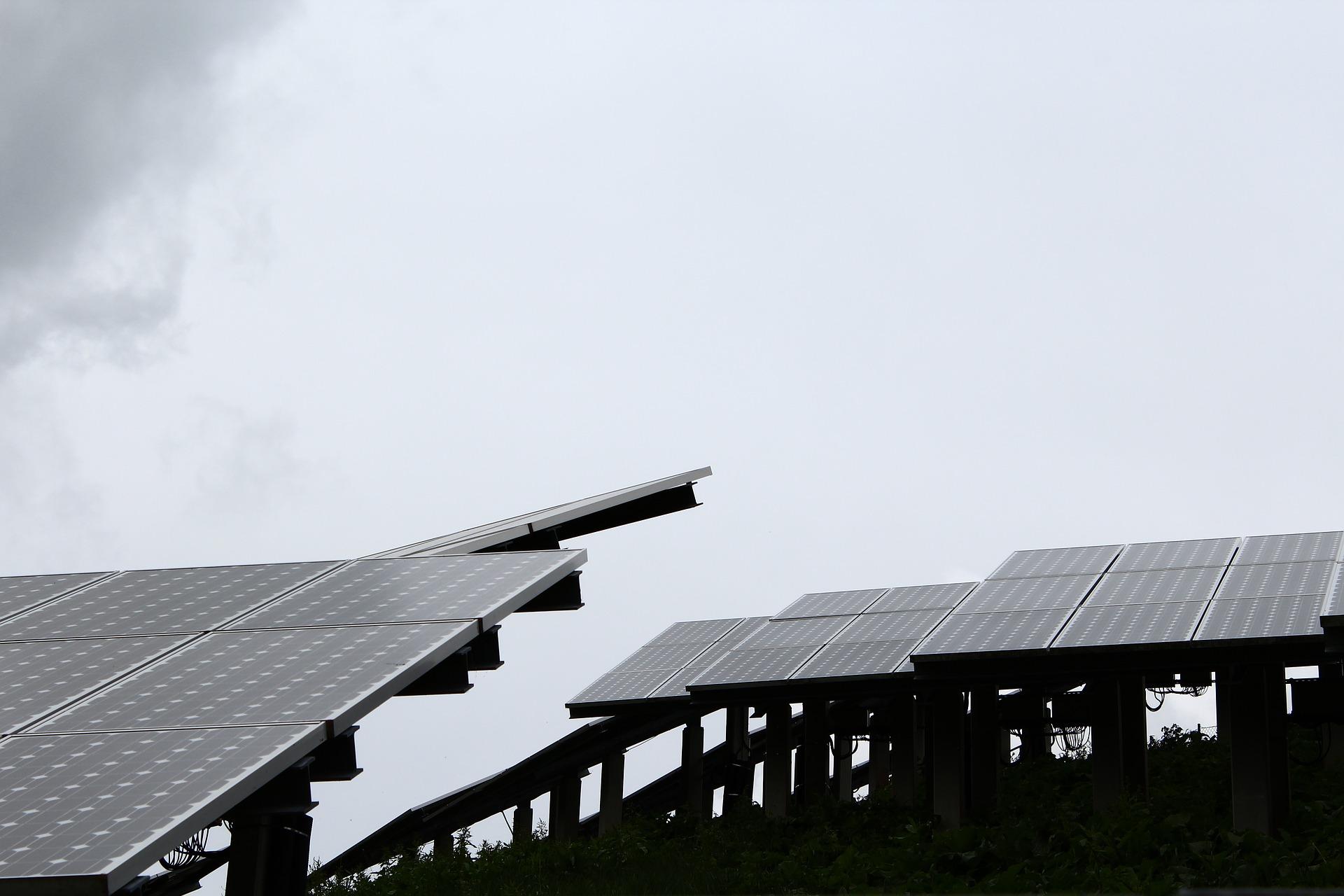 gironde ouverture debat public parc photovoltaique horizeo - L'Energeek